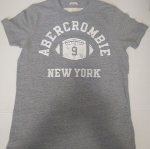 Mens Abercrombie and Fitch t shirt size small